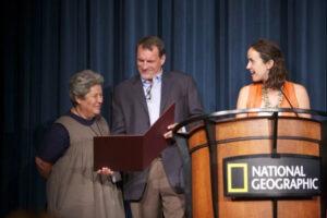 Pati Ruiz Corzo receiving her conservation award