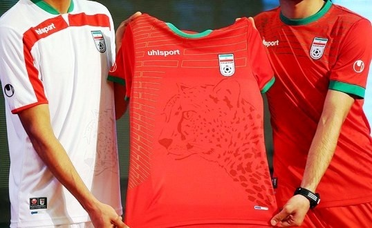 Iranian Cheetah image on football shirt.
