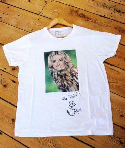 Owla T-shirt.