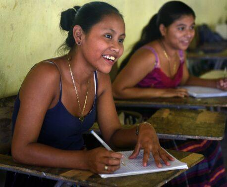 Students Guatemala FUNDAECO